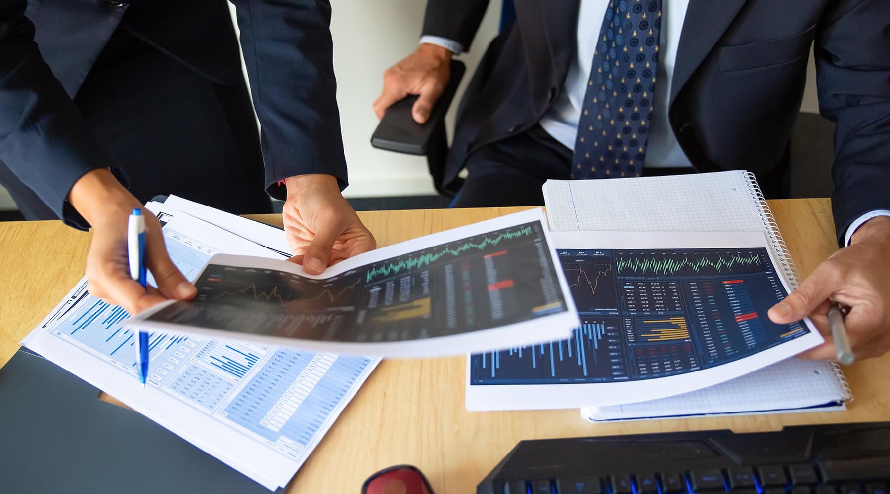 Phân tích và Đầu tư Chứng khoán